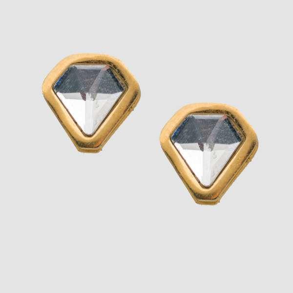 گوشواره الماس درخشش شما را در تابستان بالا می برد